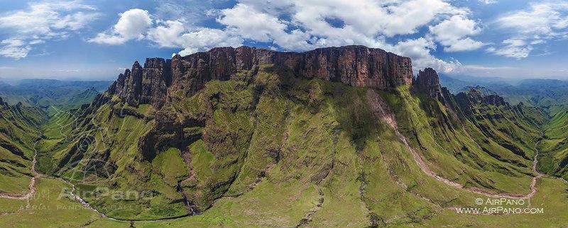 俄罗斯网站_The Drakensberg - Dragon Mountains, South Africa