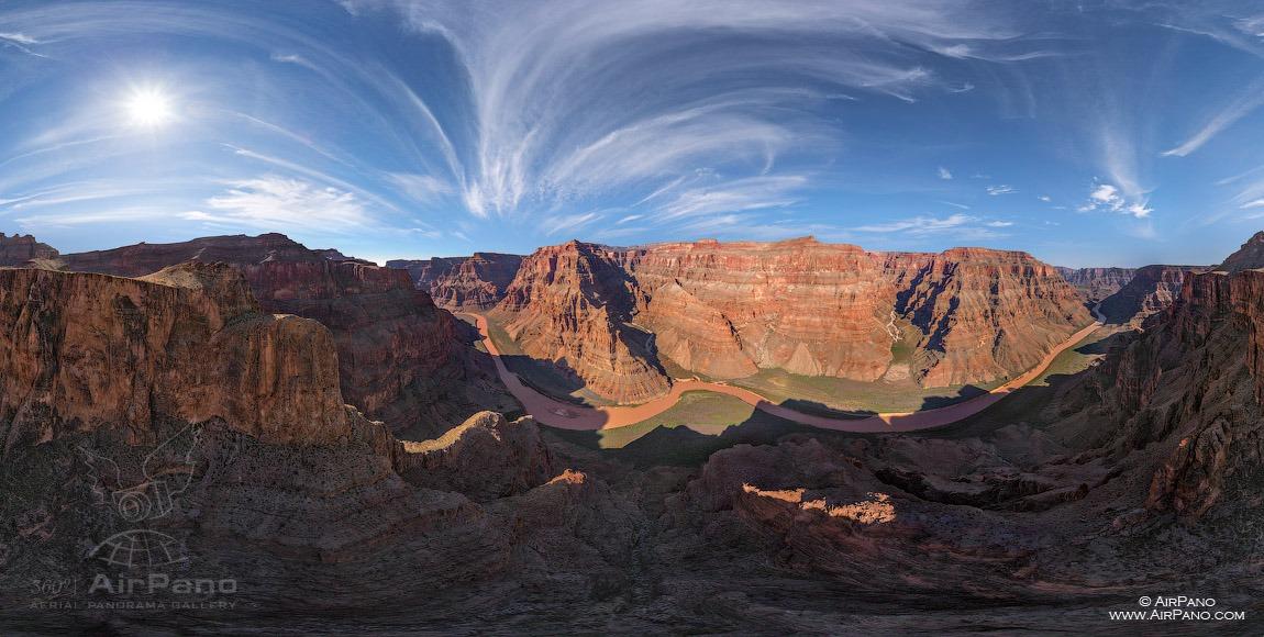 圣龙图片_Grand Canyon West, USA